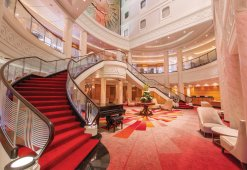 Lobby der Queen Mary 2